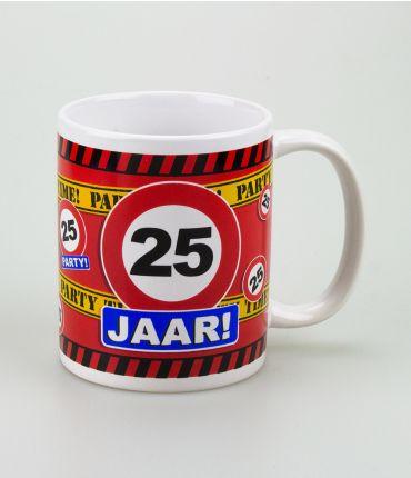 Funny Mugs - verkeersbord 25 jaar