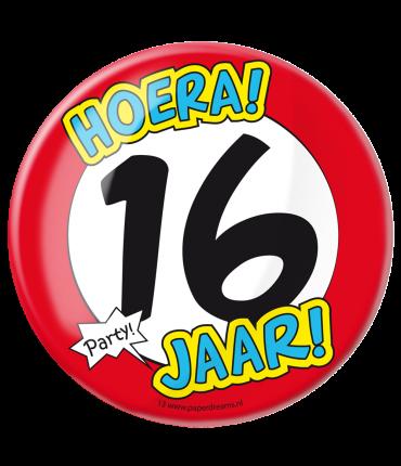 Button XL - 16 jaar